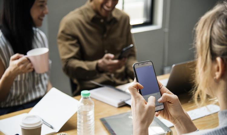 El truco para compartir la contraseña de Wi-Fi con tus invitados.