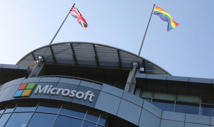 Microsoft invierte mil millones de dólares en OpenAI, cofundada por Elon Musk