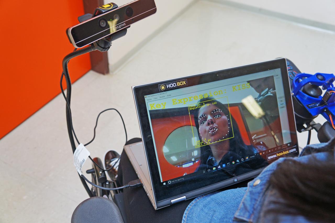 Las flamantes tecnologías de la startup: Wheelie, el sistema de reconocimiento facial para el manejo de sillas de ruedas