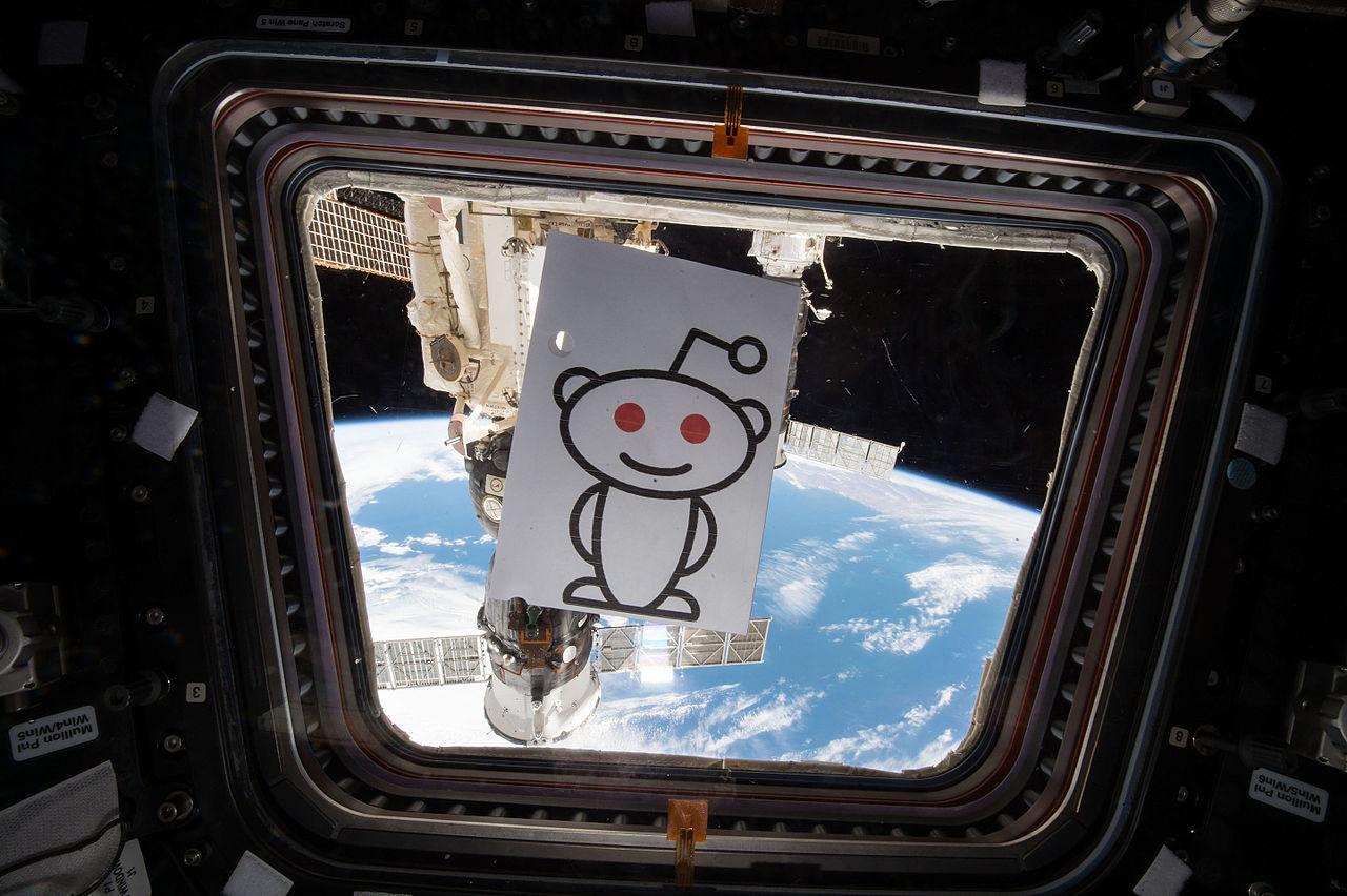 SpaceX lanzará el Tesla de Elon Musk a la órbita de Marte